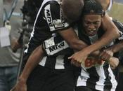 Ronaldinho afirma Copa Libertadores título faltaba