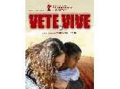 Digno Ser/ Vete Vive (Va, deviens/2004)
