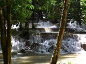 Visitando cataratas Luang Prabang