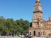 Paseando Sevilla coche caballos.