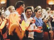 Sunday Assembly: Iglesia Dios crece copiando experiencia religiosa