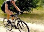 Especialista conocer lesiones habituales práctica ciclismo