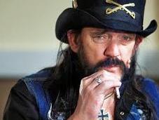 Motörhead posponen gira europea problemas salud Lemmy