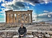 Acrópolis: cerca dioses lejos hombres