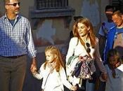 Felipe Dña. Letizia Infantas Leonor Sofía visitan Granada