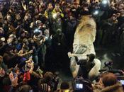 Derriban Lenin Ucrania!