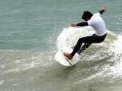 Surfista chubutense marcelo rodríguez realizó torneo beneficio