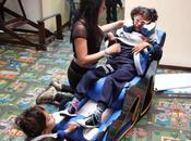 Diseñadora crea control postural ejercicios para niños parálisis cerebral