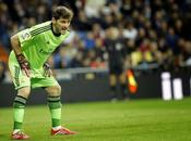 Casillas alcanza Buyo