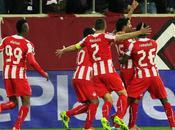 Olympiacos deja moribundo United