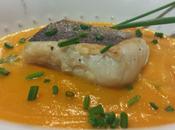 Lomos Merluza Plancha sobre Crema Calabaza Zanahoria Curry