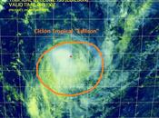 """Ciclón tropical """"Edilson"""" aumenta fuerza Índico mientras aleja Isla Mauricio"""