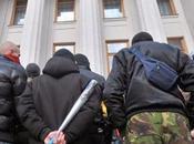 Ucrania: Cinco muertos ataque contra puesto control Slaviansk