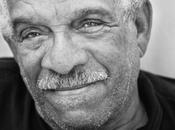 frase García Márquez, Derek Walcott