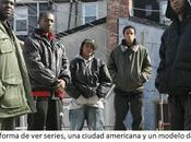 nueva forma series, ciudad americana modelo sociedad