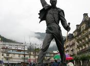 Cantantes convertidos estatuas