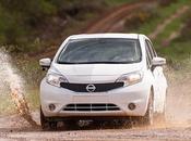 Nissan desarrolla primer coche autolavado