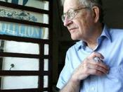 """Noam Chomsky: """"EEUU sigue dominando mundo medio violencia arrogancia"""""""