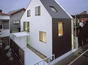 Japonesa, urbana, minimalista. blanco negro.