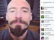 """Selfie Hugh Jackman para papel Blackbeard """"Pan"""""""