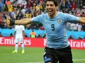 Suárez inspirado marca golazos Inglaterra