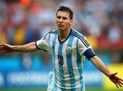 Messi rescata Argentina