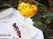 Melocotones vino albahaca morada