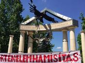 Polémico monumento guerra mundial