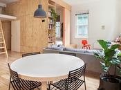 Interiores contrachapados. vivienda modular arquitectonica