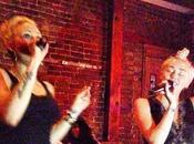 Miley Cyrus Lily Allen aparecen karaoke