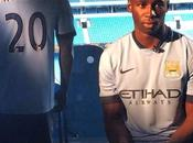 Manchester City ficha Mangala