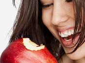 Alimentos blanquean dientes