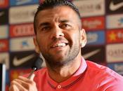 "Alves: sentí valorado club afición; todo parecía culpa"""