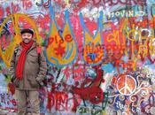 Muro Isla Kampa: arte liberación
