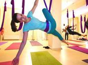 Descubre sensación plena soltar unnata yoga aéreo