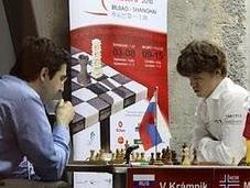 Kramnik derrota Carlsen tablas Shirov Anand Bilbao 2010