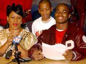 Mamá Adrian Peterson Dice Críticos Conocen Corazón