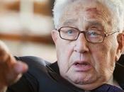Kissinger: fuerza global contra terrorismo bajo supervisión Congreso EE.UU.