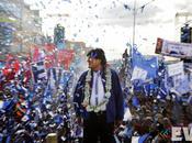 """Elecciones Bolivia: """"masazo"""" Morales"""