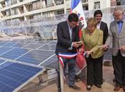 Ministerio Medio Ambiente inaugura mayor sistema autoabastecimiento energético centro cívico Santiago