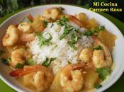 Langostinos piña curry rojo leche coco aromatizado cilantro