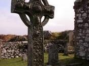 cruz celta, cabezas cortadas Halloween