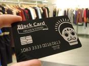 """marca moda regala """"black cards"""" clientes"""
