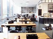 Oficina, aula cafetería? Diseño retro Alemania.