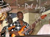 Muere Carlos Emilio Morales, fundador guitarrista Irakere
