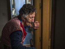 justicia española desahucia anciana años