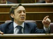 Rafael Hernando, duro peleón, pretende recuperar confianza votantes.