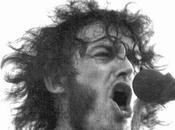 COCKER, SOBERBIA HOMBRE HUMILDE Aunque afortunadamente algunos resisten, desgraciadamente otros héroes primeras hornadas rock cediendo desgaste tiempo. gran Cocker acaba irse, pero siempre quedará voz...