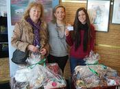 Concejala Turismo entrega cestas navideñas campaña promoción tarjeta turística Ciudad Real