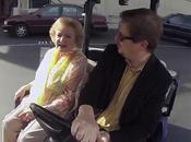 Betty White recibe 'flashmob' como regalo cumpleaños